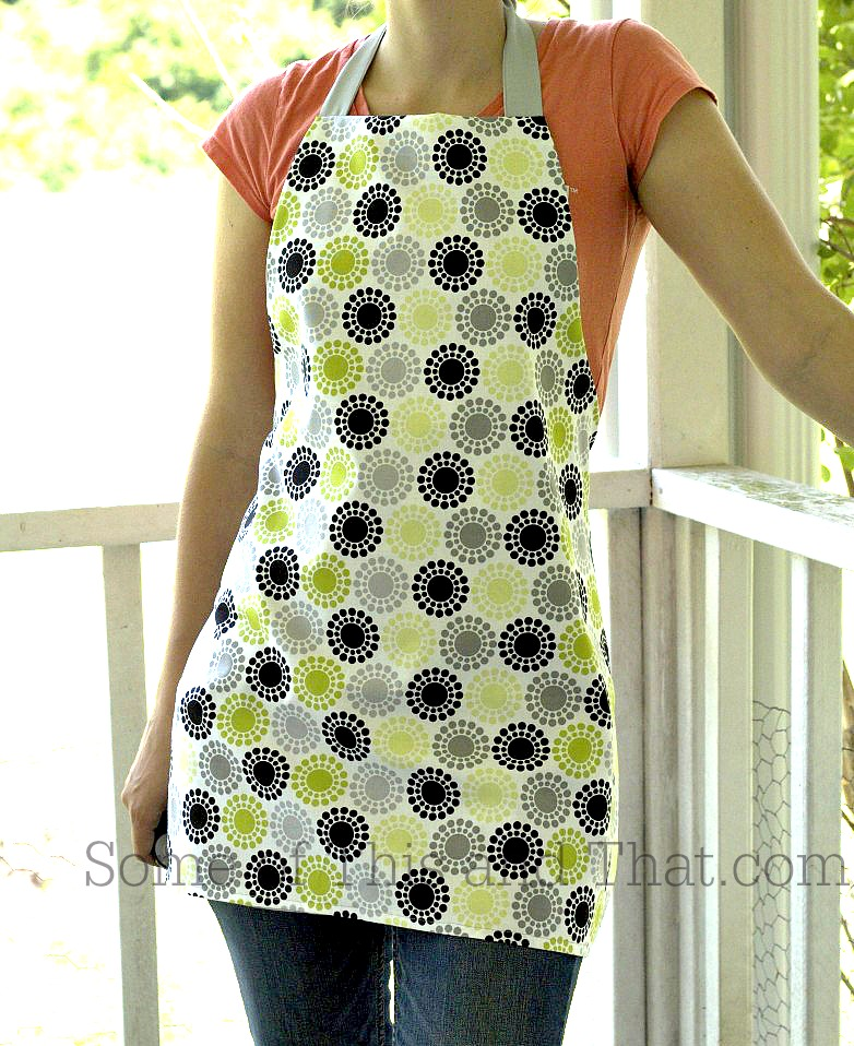 """DIY Apron"" Free Pattern designed Jaime Satterwaite from Some of This and some of That"