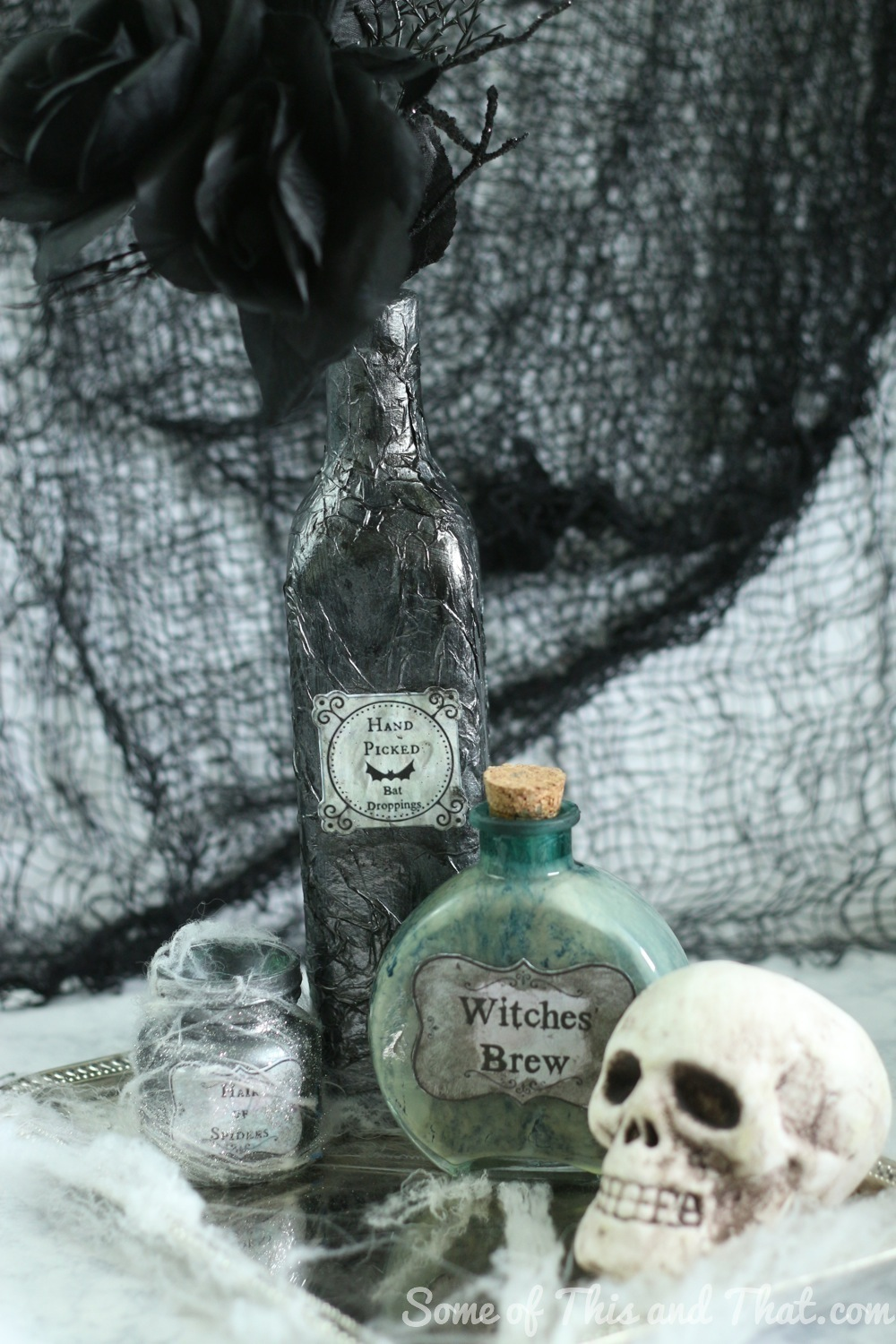 DIY Halloween Decorations! DIY Potion Bottles 3 Different Styles with free printables!