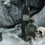DIY Halloween Decorations! DIY Potion Bottles 3 Different Styles!