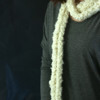 Easy Finger Knit Scarf!
