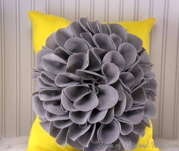 DIY Flower Pillow!