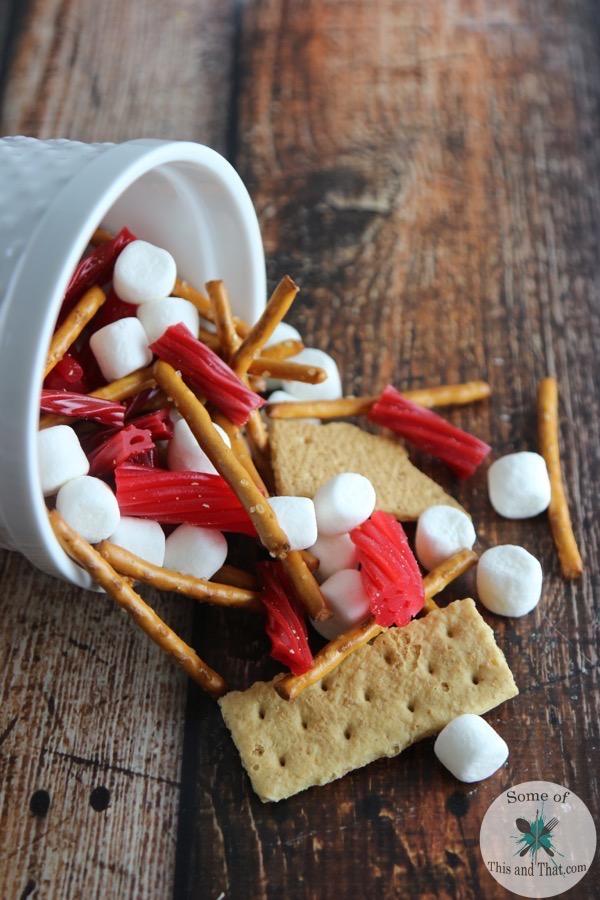 Twizzler Travel Mix | Easy Travel Food!