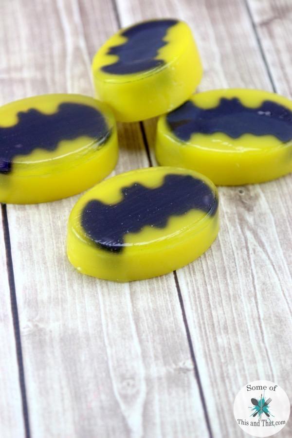 DIY Batman Soap! A super easy Nerdy craft that makes a great DIY gift!