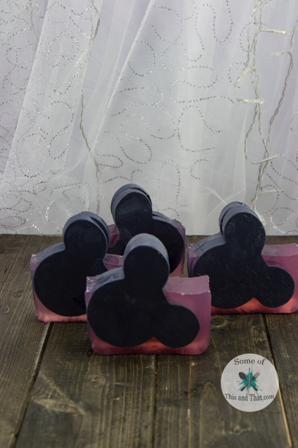 DIY Mickey Mouse Soap! A perfect homemade gift for disney lovers!