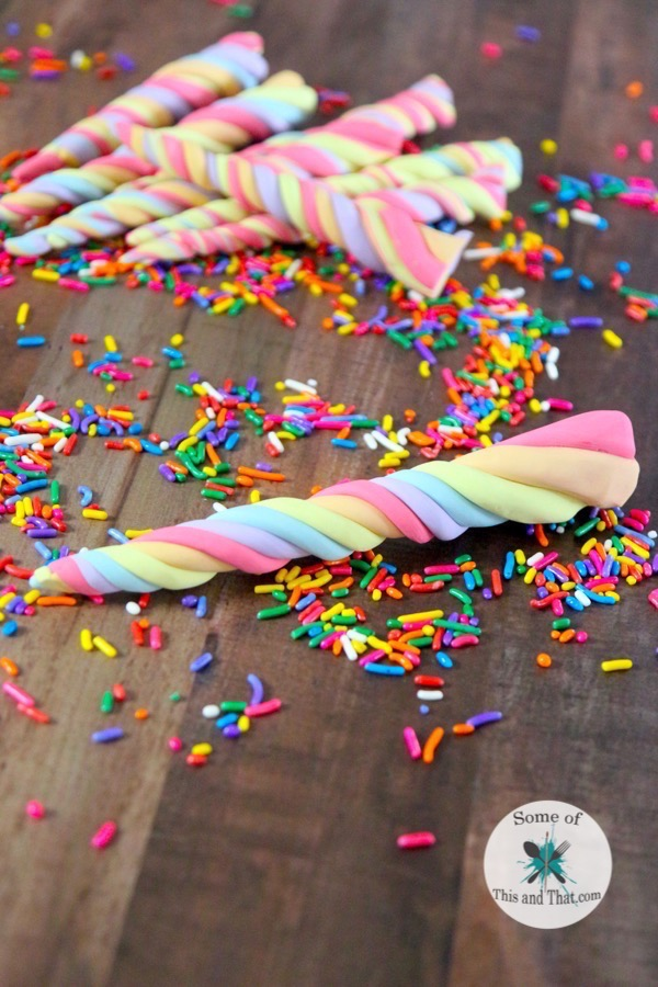 Diy edible unicorn horns some of this and that diy edible unicorn horns are a fun nerdy treat that are perfect for any unicorn themed solutioingenieria Choice Image