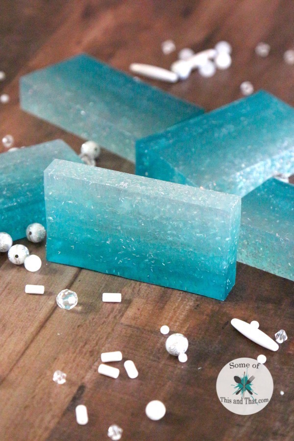 This DIY Ombre Soap (Mermaid Soap) is super easy and so fun to make! An easy and fun soap craft!