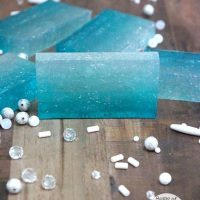 DIY Ombre Soap (DIY Mermaid Soap)
