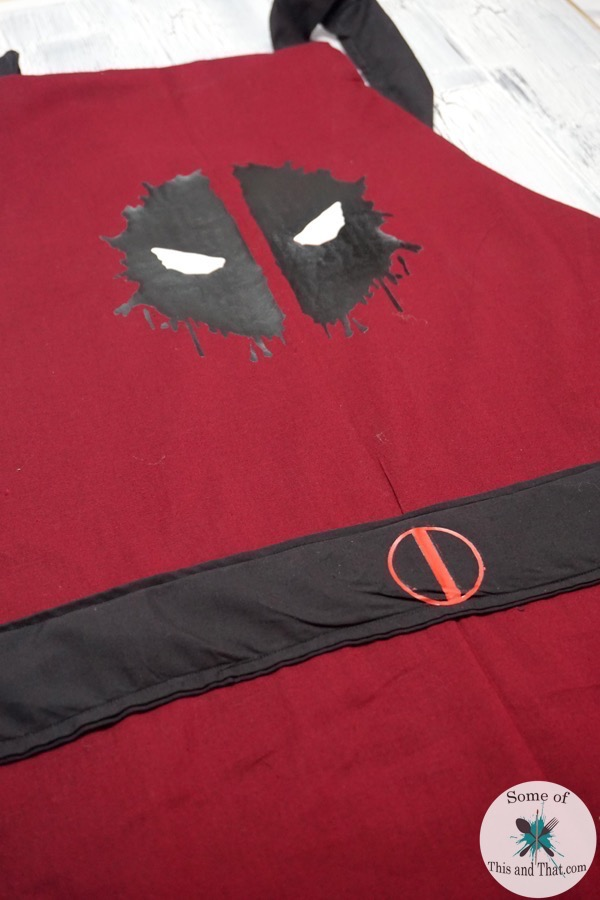 DIY Deadpool Apron! DIY Easy Reversible Apron with free apron pattern!