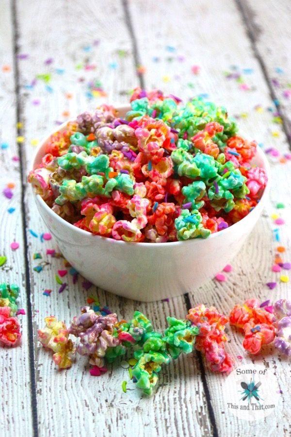 Unicorn Popcorn Recipe! Such a fun and colorful Unicorn food!